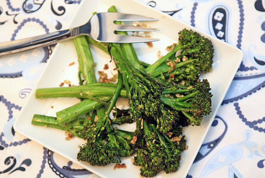 Garlic Lovers' Roasted Broccolini